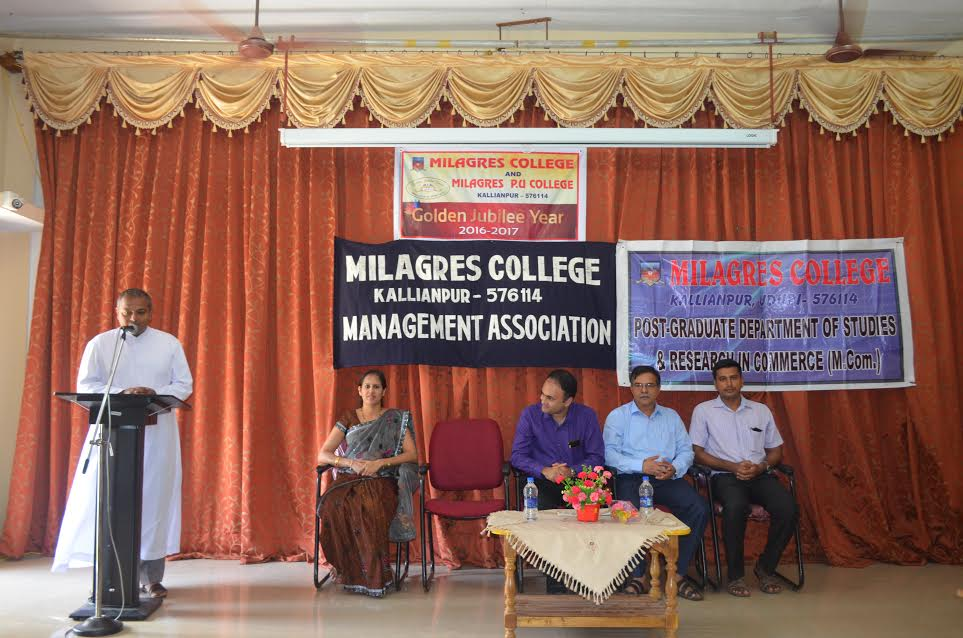 How to face an interview and answer recruiters - Workshop at Milagres College, Kallianpur
