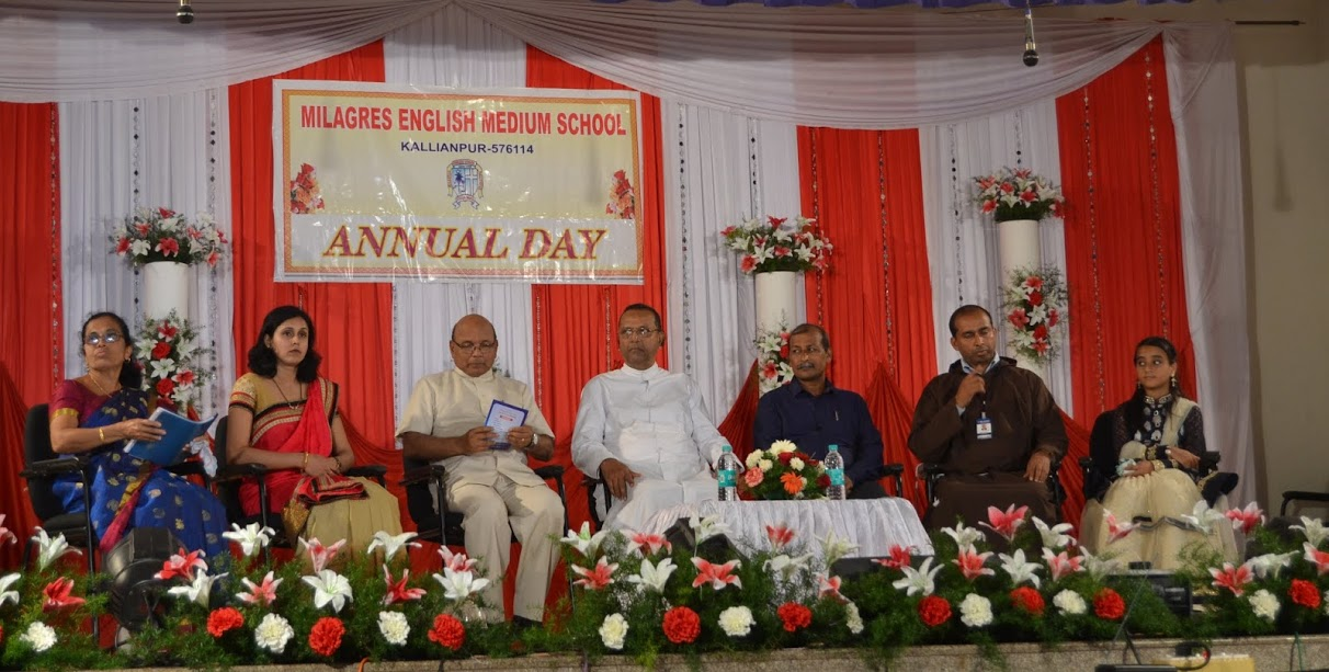 Milagres Eng. Med. Hr. Pry. School celebrated Annual School Day