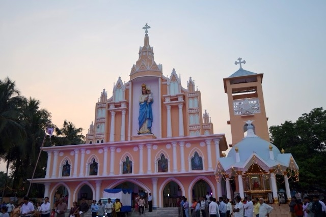 Milagres Cathedral, Kallianpur celebrated Confraternity Sunday with devotion and procession